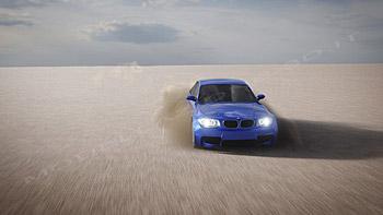 Scia BMW nel deserto
